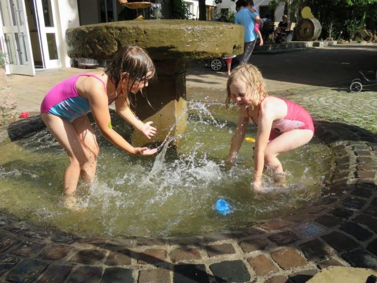 Wasser MARSCH… und voller Spaß voraus!