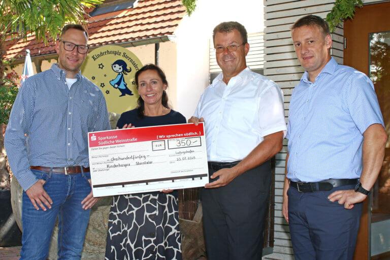 Kriminaldirektion Ludwigshafen besucht Kinderhospiz Sterntaler