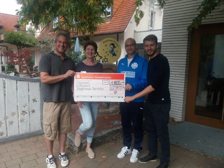 FC Hengsberg übergibt Spende an Kinderhospiz Sterntaler