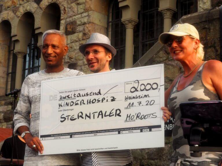 MoRoots-Konzert auf der Wachenburg – Spende für die Sterntaler