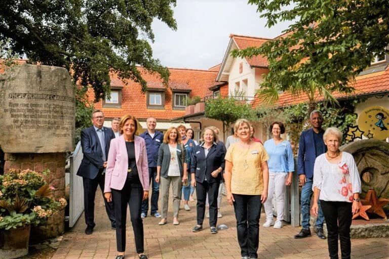 Ministerpräsidentin Malu Dreyer besucht das Kinderhospiz Sterntaler