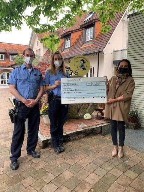 Spendenübergabe der Polizeiinspektion Frankenthal