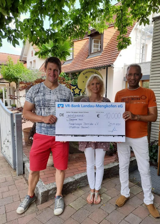"""Sterntaler-Botschafter Inge und Matthias Steiner und """"PEAK-PERFORMER"""" unterstützen das Kinderhospiz Sterntaler"""