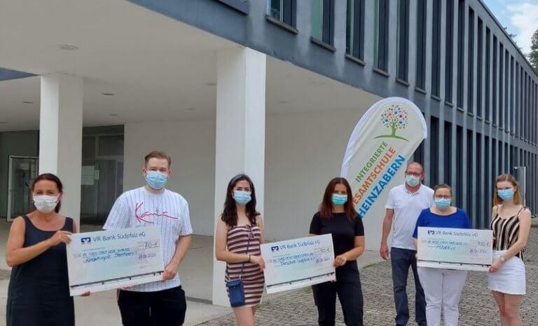 Abiturienten aus Rheinzabern spenden für den guten Zweck