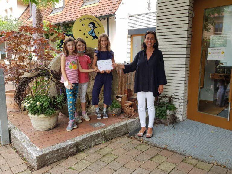 Drei Freundinnen und ihr tolles Spendenprojekt