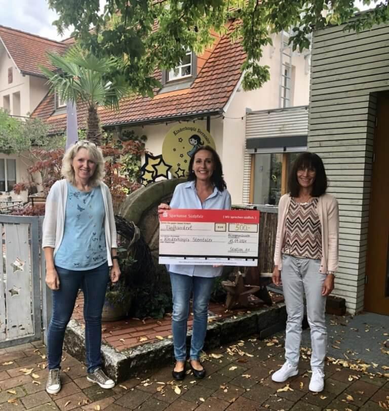 Pflegeteam A1 vom Pfalzklinikum spendet ihren Coronabonus